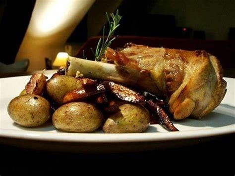 cuisiner souris d agneau recettes de pomme de terre de le sot l 39 y laisse