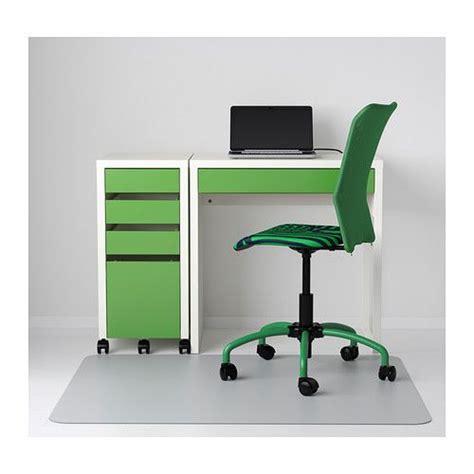 bureau pin blanc micke bureau blanc vert ikea mobilier