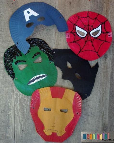 superhero paper plate masks allfreekidscraftscom