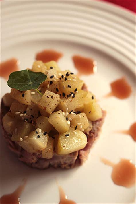 cuisiner christophine thon mi cuit brunoise de chayotte sirop de poivre c