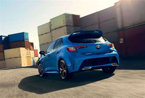 toyota corolla hatchback  fort scott ks serving
