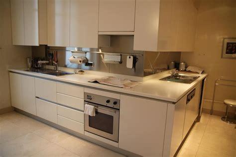 spot encastrable pour meuble de cuisine photo plan de travail et carrelage déco photo deco fr