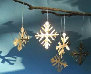 Basteln Mit Kindern Weihnachten Und Winter : basteln mit kindern kostenlose bastelvorlage advent winter und weihnachten schneekristalle ~ Watch28wear.com Haus und Dekorationen