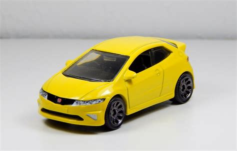 matchbox honda matchbox 2008 honda civic type r in yellow by firehawk73