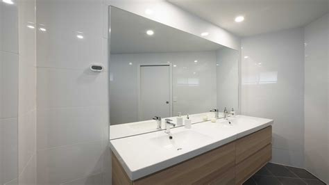 mirrors bathroom ensuite geelong splashbacks reflect