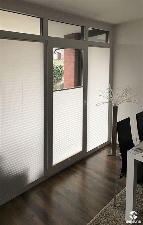 Ideen Für Fenster Sichtschutz by Auch F 252 R T 252 Ren Den Passenden Sichtschutz Und Sonnenschutz