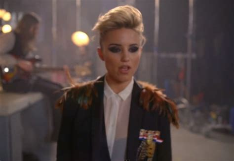 killers   girl video feat dianna