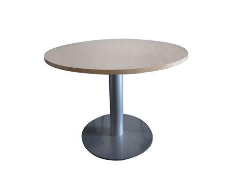 tables de bureau table pied quot tulipe quot 120 cm adopte un bureau