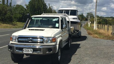 toyota land cruiser  towing review aa  zealand