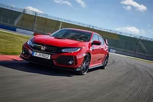 Honda Type R 2018 : euro spec 2018 honda civic type r detailed in 41 photos w videos carscoops ~ Medecine-chirurgie-esthetiques.com Avis de Voitures