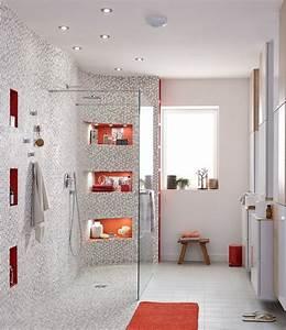 Douche À L Italienne Moderne : une grande douche l 39 italienne avec des touches de orange ~ Voncanada.com Idées de Décoration