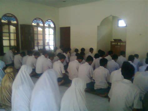 contoh laporan kegiatan bernuansa keagamaan  bulan ramadhan