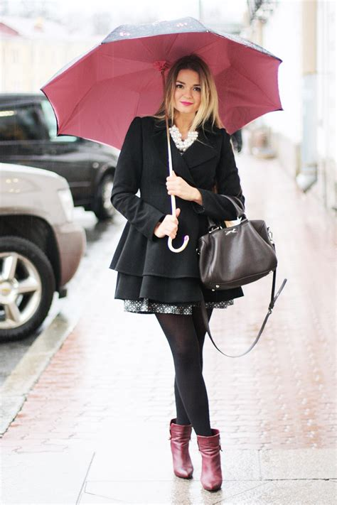 17 Outfits That Will Look Chic Even If It Rains   CollegeTimes.com