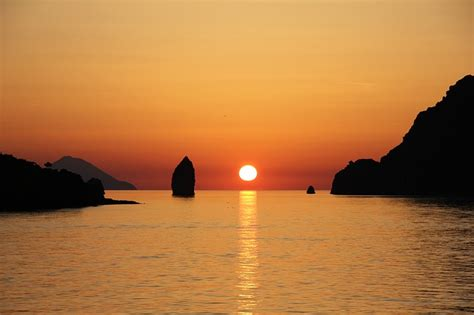 vulcano isole eolie tramonto foto gratis su pixabay