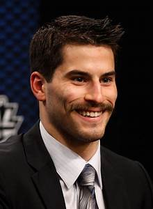 Henrique Shaved The Goatee Into A Mustache During The