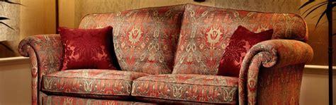 canapé anglais tissu fleuri photos canapé anglais tissu