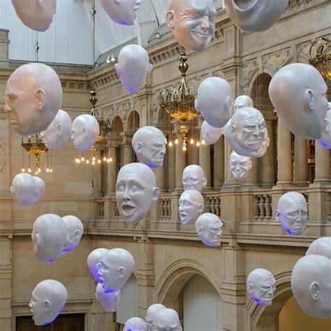 art world  floating heads design swan