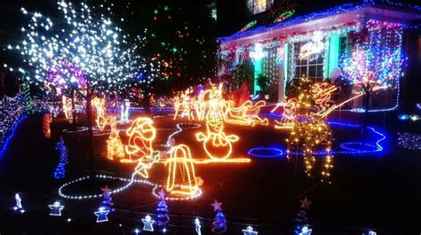 where to find christmas lights around sydney