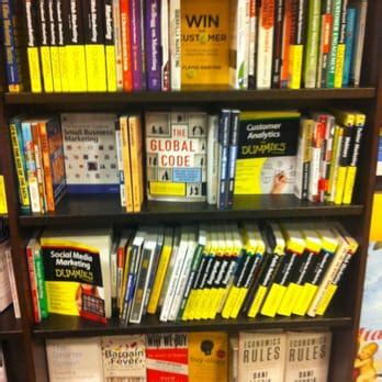 barnes and noble henderson barnes noble 165 photos 77 reviews bookshops 567