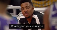 影/Walton未戴口罩大聲喊戰術 隔壁McCollum:教練口罩戴好 | NBA | DONGTW 動網