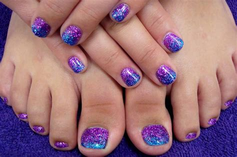 50+ Best Toe Glitter Nail Art Design Ideas