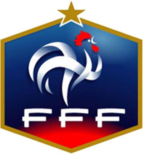 أمسى منتخب فرنسا على بعد خطوة واحدة من الفوز بكأس العالم للمرة الثانية في تاريخه بعد فوزه على منتخب بلجيكا برأسية. Egypt Sun: تشكيل المنتخب الفرنسى كاس العالم 2010 وتاريخ فرنسا بكأس العالم