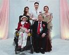 泳兒弟娶妻 偕中風母見證喜事 | 多倫多 | 加拿大中文新聞網 - 加拿大星島日報 Canada Chinese News