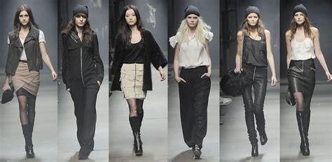 Alexander Wins Cfda Vogue  Ee  Fashion Ee   Fund Award