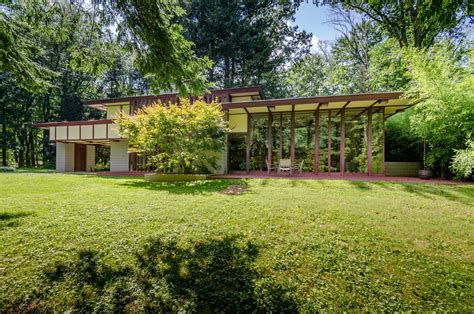 frank lloyd wright designed louis penfield house  ohio   sale   dwell