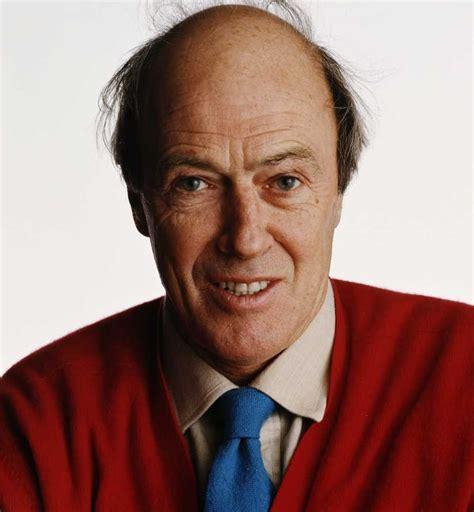 SwashVillage | Roald Dahl Biographie