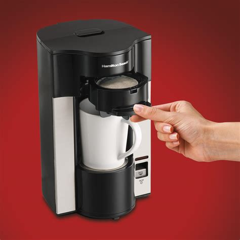 K cup coffee maker that comes with a touch screen interface, it is very convenient and comfortable for modern people to use on a modern device. Hamilton Beach Stay or Go Personal Cup Pod Coffee Maker 49990Z: Amazon.ca: Home & Kitchen