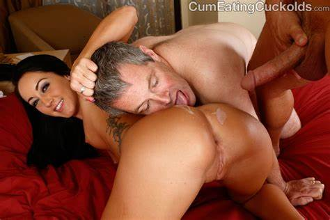 Housewife Lick And Pounds Delivery Dude