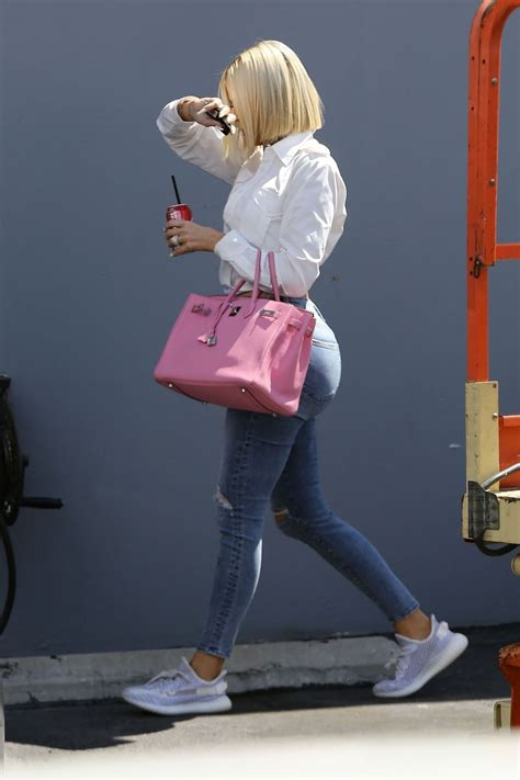 khloe kardashian los angeles studio