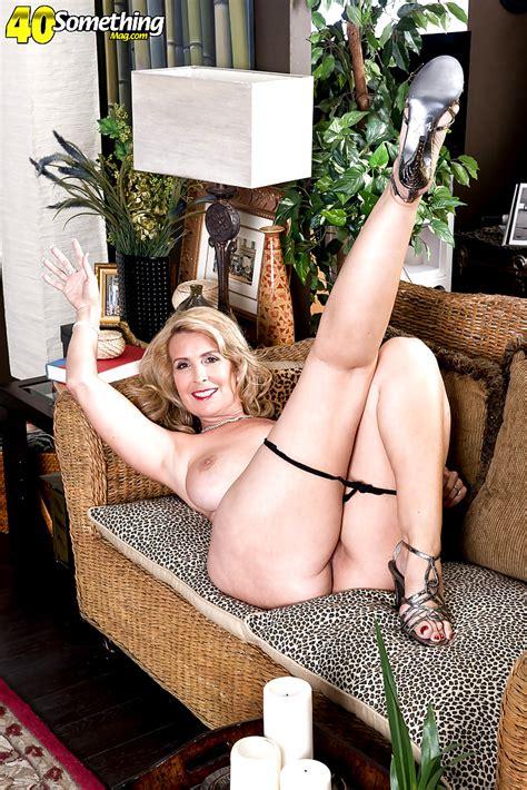 40 Something Mag Laura Layne Xxx Close Up Wifi Xxx Sex Hd Pics