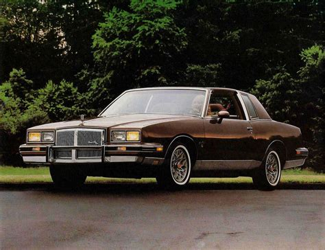 Pontiac Grand Prix by 1982 Pontiac Grand Prix 1982 Pontiac Grand Prix Grand