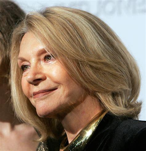 coupe de cheveux femme 60 coiffure femme 60 ans informations conseils et photos