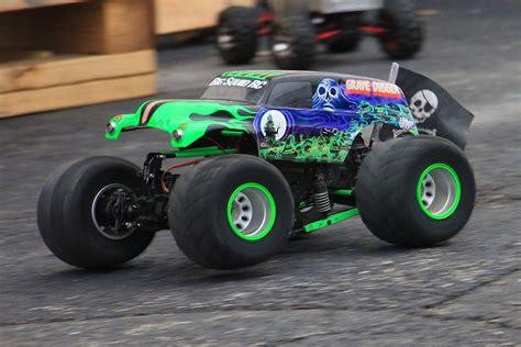 monster jam rc trucks rc grave digger monster truck monster jam world finals