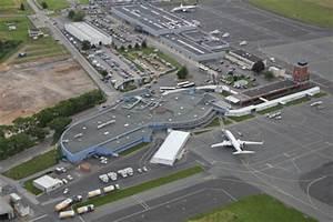 Le Bon Coin Parking Aeroport Nantes : l a roport de beauvais till travelercar ~ Medecine-chirurgie-esthetiques.com Avis de Voitures