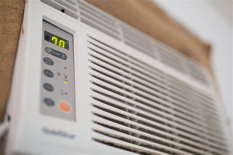 window air conditioning chart btus  room size