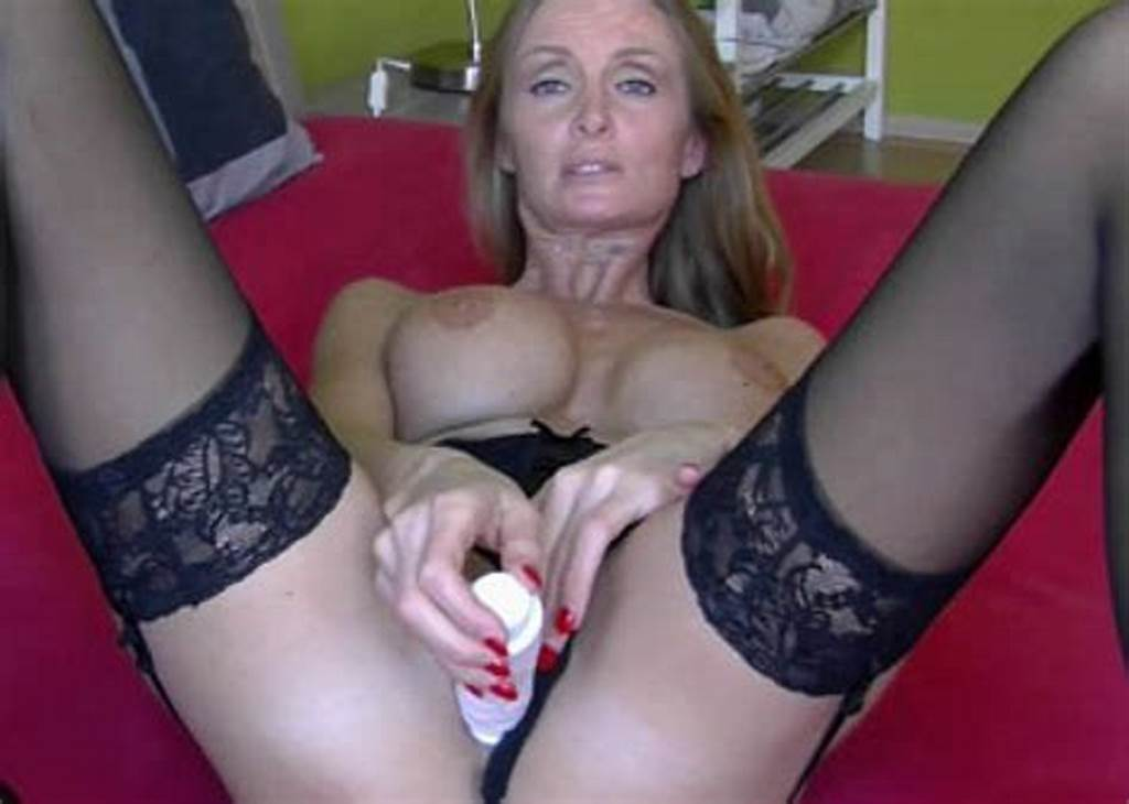 #Mom #Dildo #Video