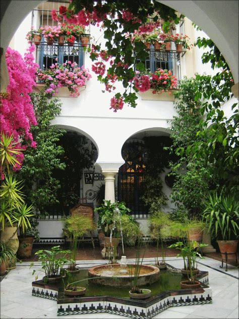 casas  jardines amplios  decoracion de interiores