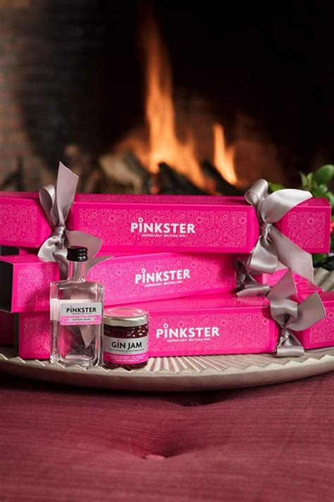 pink christmas crackers pink gin crackers are now a thing and they look amazing ok magazine