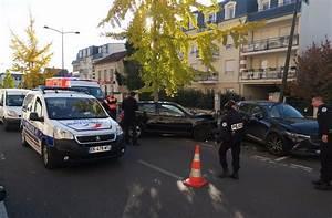 Volkswagen Meaux : meaux il percute grande vitesse des voitures stationn es et s enfuit pied le parisien ~ Gottalentnigeria.com Avis de Voitures
