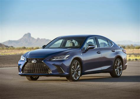 2019 lexus hybrid 2019 lexus es gets 40 525 base price 44 mpg combined for