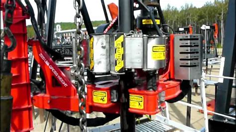 Automated Power Tong and Catwalk - YouTube
