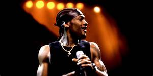D'Angelo's 'Black Messiah' Is Available To Stream Right Now