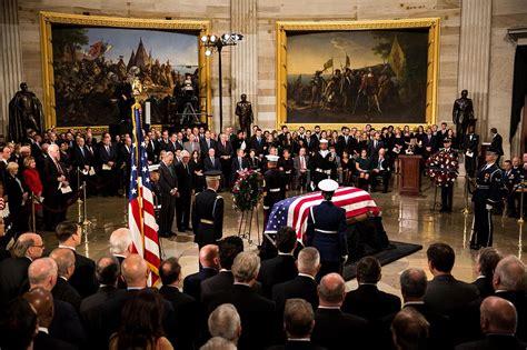 bush george president funeral state capitol hw mourning national lies america walker herbert street wall dies rotunda politico closed closes