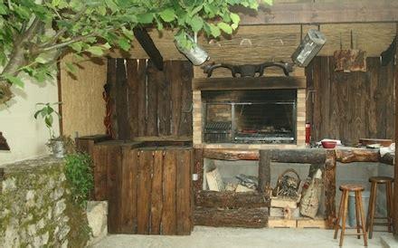 cuisine ete bois cuisines d 39 été cabanon barbecues argentins