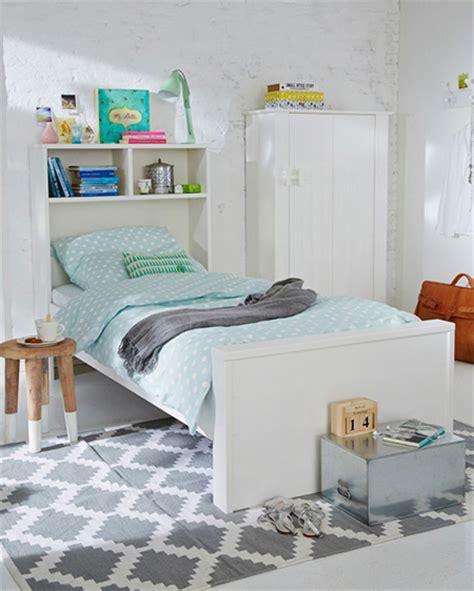 home dzine home diy childs bed  bookshelf