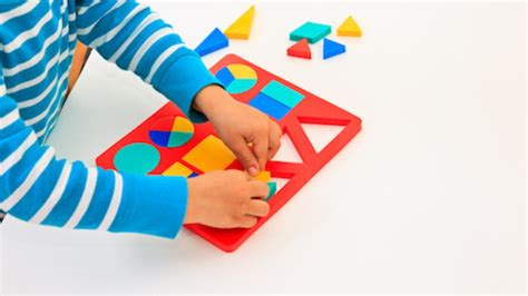 activities to promote preschool cognitive development 124 | header Child puzzle
